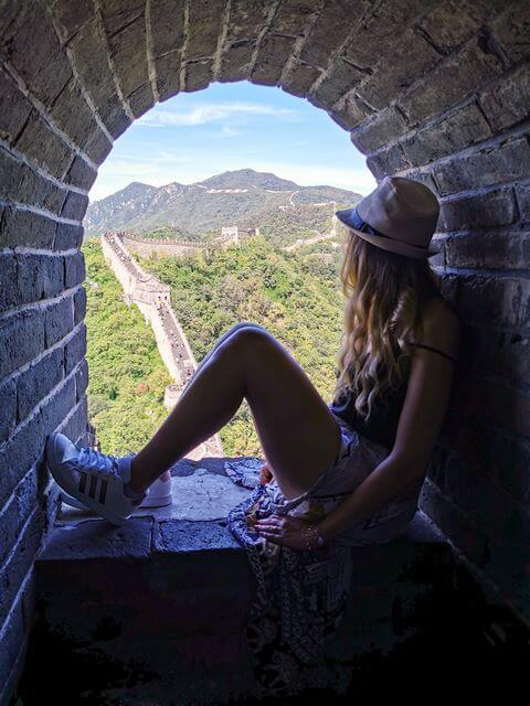 Contemplando la Gran Muralla China