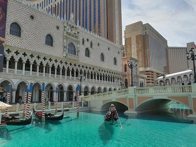 Canales Venecia exterior del hotel