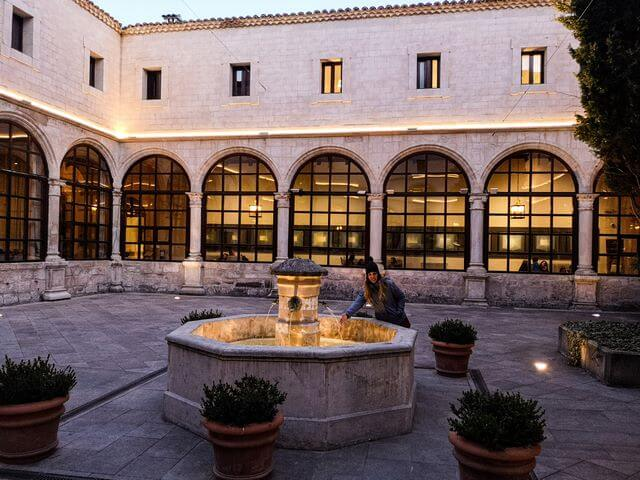 Interior Parador de Cuenca