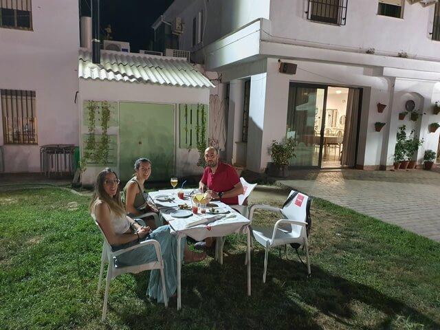 Cenando en Hostal San Luis Almodovar del Rio