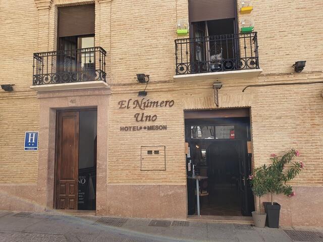 El Numero Uno Hotel Meson