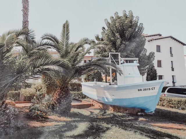 Barco entrada El Roc de Sant Gaietà