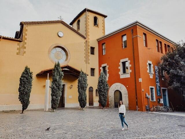 Iglesia y claustro del Carmen