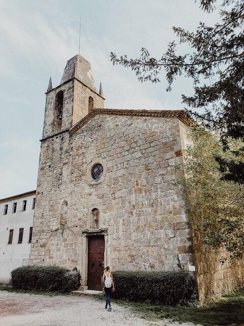 Iglesia románica de Sant Miquel de Sacot.