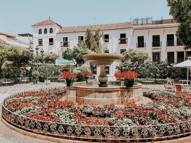 La Plaza de las Flores Estepona