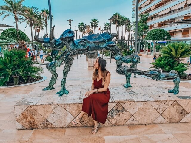 Dalí en la Avenida del Mar