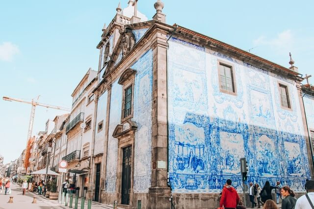 Qué ver en Oporto en 2 dias Capilla de las Almas
