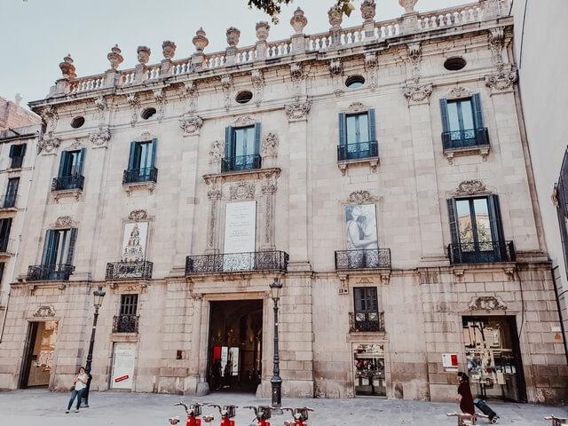 Ramblas de Barcelona Palau de la Virreina