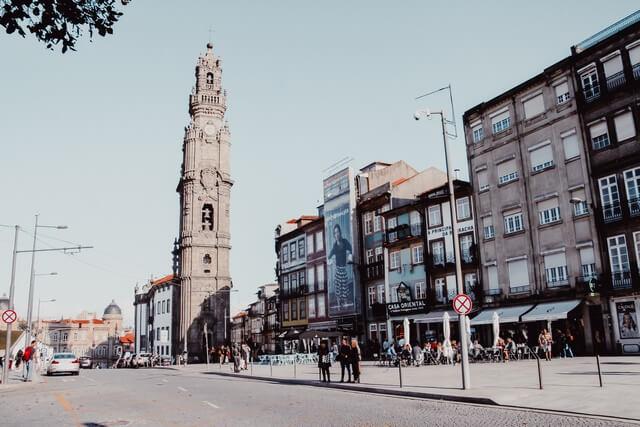 Iglesia y Torre de los Clérigos,