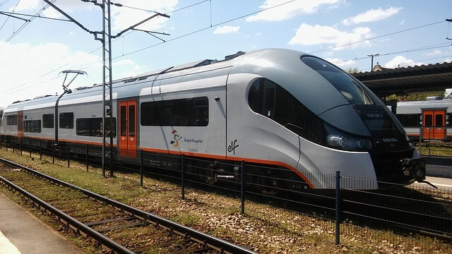 Como ir de Cracovia a Varsovia en Tren