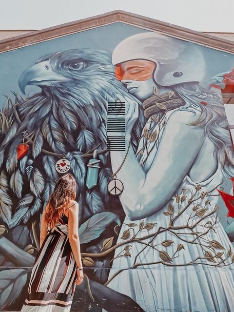 Penelles pueblo mural lleida