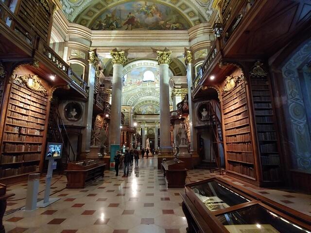 Bliblioteca Nacional Austriaca incluida en la Vienna Flexi Pass