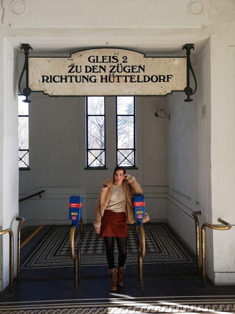 Metro Palacio Schonbrunn