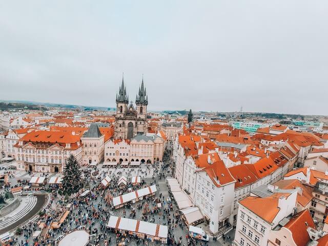 Vistas Torre del Reloj Astronomico de Praga